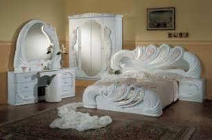 Related post with italians modern bedrooms set modern italian beige