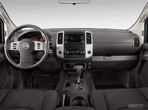 how make cars 2011 nissan frontier interior lighting 2013 nissan frontier pictures dashboard u s news world report