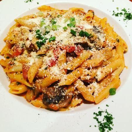 Pasta Gigi B paolo gattuso dorval restaurant avis num 233 ro de