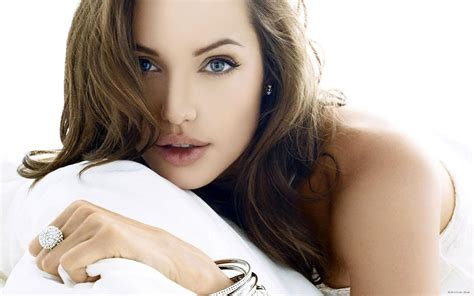 hollywood actress girl hollywood actress angelina jolie sexy wallpapers all hd