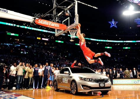 Griffin Dunk Kia by Griffin Says The Nba Made Him Dunk A Kia In 2011