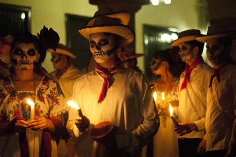 celebracin da de los difuntos en las comunidades d 237 a de muertos en m 233 xico mexico real
