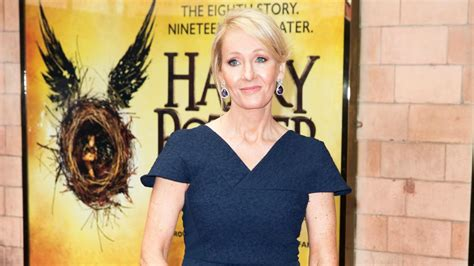 j k rowling on harry potter j k rowling reveals cursed child will end harry potter
