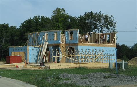 building a home in michigan file new house under construction pittsfield township