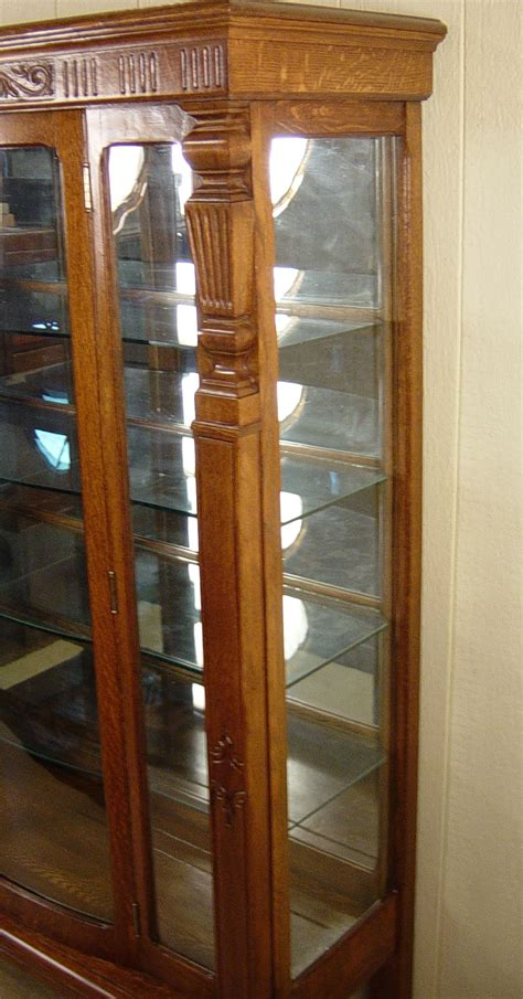 Glass Door China Cabinet Rectangular Oak China Cabinet With Curved Glass Door