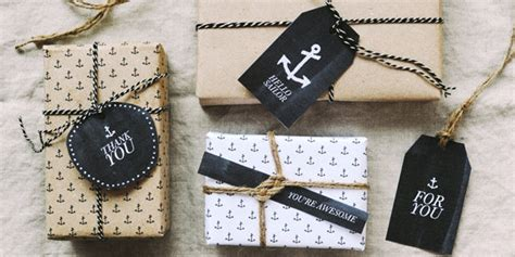 wrapping gifts 10 creative gift wrap ideas that look more complicated