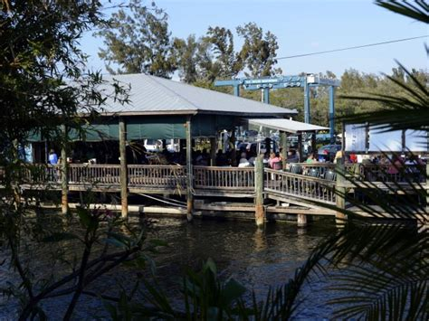 top 10 dockside bars in sarasota and beyond unravel