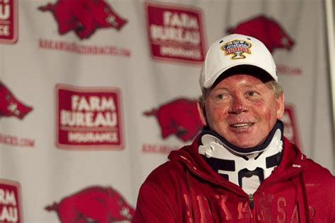 details pictures provide scary insight into bobby petrino