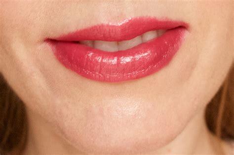 Clinique Lip clinique s new lipsticks are surprisingly bold and won t