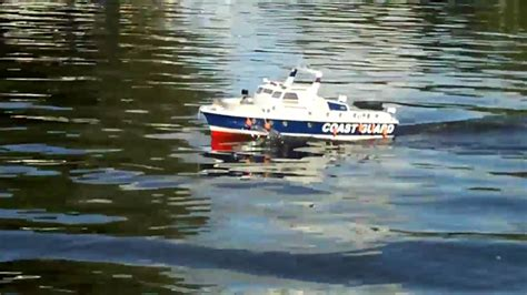 radio controlled model boats youtube mfa tracker radio controlled electric model boat youtube