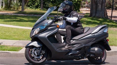 Suzuki Scooter Accessories Rideapart Review Suzuki Burgman 400 Abs Rideapart