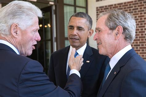 file barack obama and bill clinton in the oval office jpg george hw bush to vote for hillary page 2
