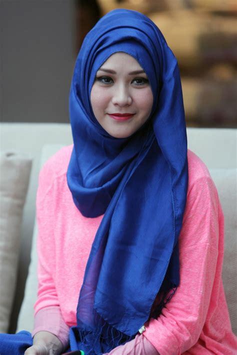 tutorial hijab paris segitiga ala zaskia sungkar hijab zaskia adya mecca newhairstylesformen2014 com