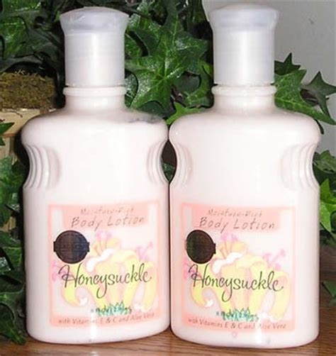 holla bath girl: bath and body works original honeysuckle