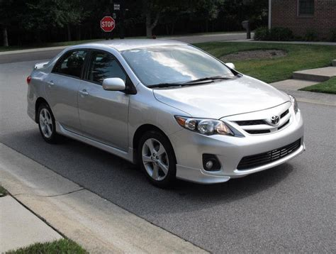 Toyota Bluetooth 2013 Toyota Corolla S Bluetooth Sports Package 34 Mpg Hwy
