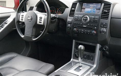 Interior Of Nissan Pathfinder by Photos Of Nissan Pathfinder Photo Galleries On Flipacars