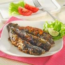 Dijamin Sendok Makan 3 Warna masakan indonesia ikan lele bakar pedas sambal terasi