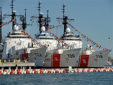 cigarette boat coast guard les 2103 meilleures images du tableau navires bateaux