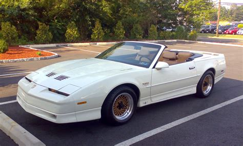 books about how cars work 1990 pontiac trans sport parental controls file 20th anniversary turbo transam convertible august 2009 9 000 original miles png wikimedia