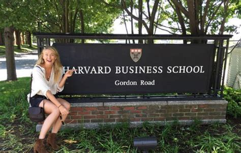 Mba Schools Within 30 Of 07981 by Sharapova Aprovecha En Harvard Su Par 243 N En El Tenis
