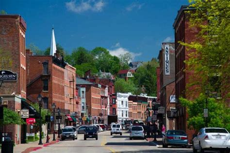 quaint little towns in the united states the 10 most beautiful small towns in the united states