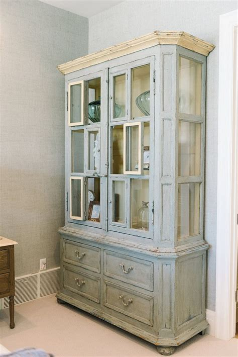 distressed cabinets painting techniques 296 best images about painting tips techniques on