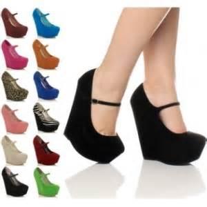 Fotomoda zapatos con plataforma belleza y moda