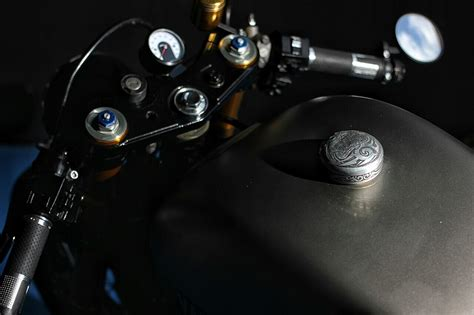 Mono Shock Scirpio Original yamaha xv535 caf 233 racer by studio motor bikebrewers