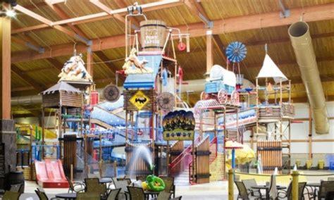 theme hotel ohio fort rapids indoor waterpark in columbus oh groupon