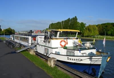 boat tour utrecht price boat and bike tour bike and barge tour netherlands