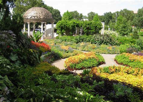 sunken gardens lincoln nebraska sunken gardens lincoln travefy best of nebraska