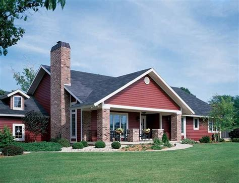 eplans craftsman house plan affordable but spacious craftsman best 20 bungalow homes plans ideas on pinterest