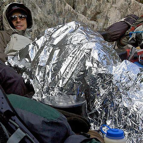Jual Emergency Blanket Selimut Darurat Silver 1 emergency blanket selimut darurat silver elevenia