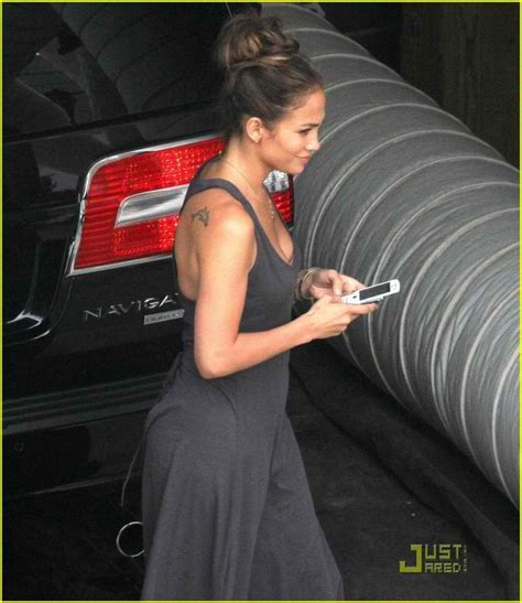 jennifer lopez tattoo 20 with their attractive tattoos