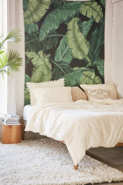 banana leaf tapestry urban outfitters