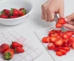 membuat ice cream dalam bahasa inggris cara membuat milkshake stoberi how to make a strawberry