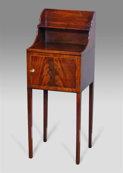 Georgian mahogany pot cupbaord, antique night stand