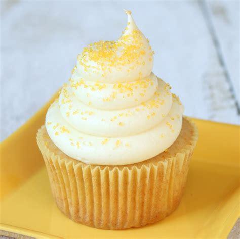 honey cupcakes  honey cream cheese  cake blog
