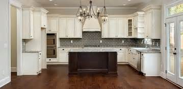 Kitchen Cabinets Shaker Style White White Kitchen Cabinets With Molding Kitchen
