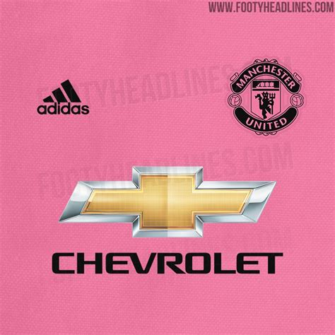 manchester united f c colouring book 2017 2018 the unofficial manchester united football club colouring book soccer football club colour therapy for adults children books leaked manchester united 18 19 away kit to be pink