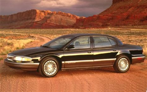 used 1995 chrysler lhs sedan pricing features edmunds used 1994 chrysler new yorker sedan pricing features edmunds