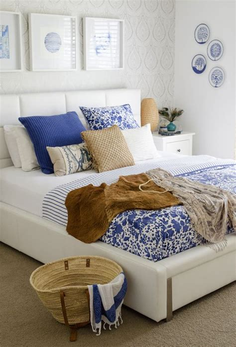 blue white bedroom best 25 blue white bedrooms ideas on pinterest navy