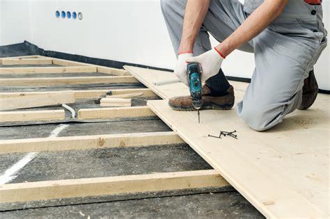 lärche dielenboden plancher ossature bois avantages pose conseils ooreka