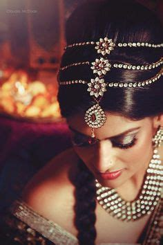 where to find a hair accessorie called a bump it for the crown of your konkona love her loose hair head jewelry combo