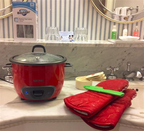 cooking in hotel room the complete beginner s guide to cooking in a hotel room points with a crew
