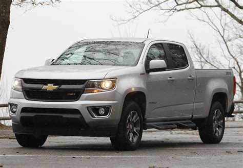 2016 chevy colorado pick up test drive 2016 chevy colorado diesel raises pickup