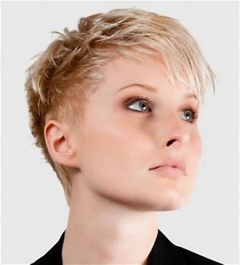 haircut on thin haut images 25 best ideas about very short hairstyles on pinterest