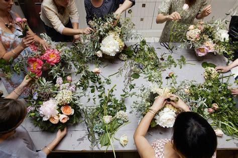 indonesia floral design school los arreglos florales de owen y ryhanen itfashion com