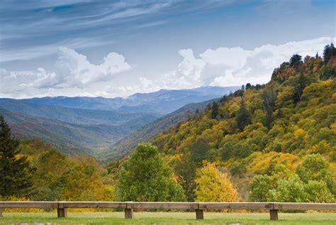 Which Wears Smoky Better by Smoky Mountain Scenic Drives You Don T Want To Miss On