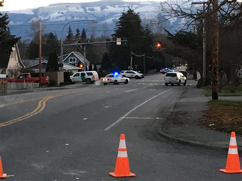Harborview Detox Center Seattle by Mount Vernon Officer In Critical Condition At